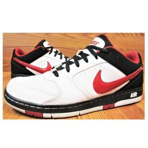 NIKE 2009 SB LEATHER BLACK, RED & WHITE SHOES